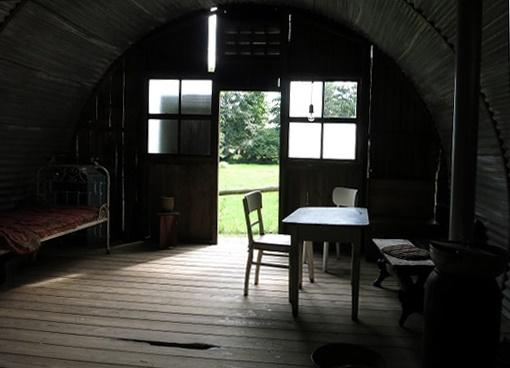 Nissenhütte_Innen2_dreh